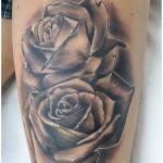 Realistisches Tattoo von Xavielle 2 Rosen