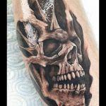 Skull Tattoo von Xavielle Bioorganic Effect
